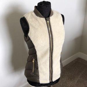 Athleta brown and fleece vest Small